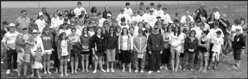A Group Of Approximately 90 Participants Helped Make The Great Strides Walk 2009 For Cystic Fibrosis Success Swift Current Raised